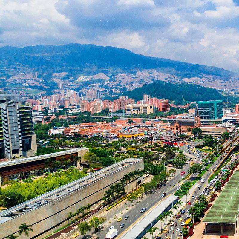 Premios de Lonely Planet reconocen a Medellín como Mejor destino de Revitalización Urbana 2021